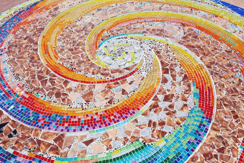12885821-colorful-ceramic-pattern-broken-tile-wall-mosaic-wall